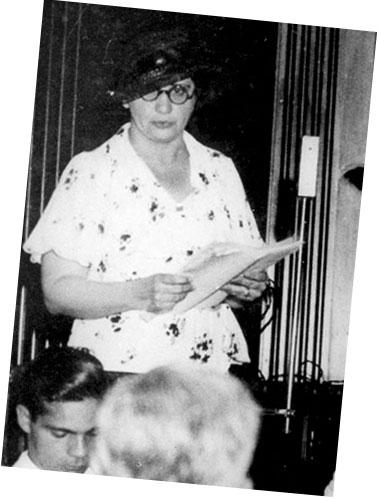 Carlota Pereira de Queirós <br/> (1892-1982)