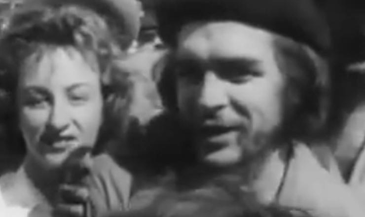"Na Conferência de Punta del Leste, Uruguai, Che Guevara se encontrou com Leonel Brizola. Trecho do documentário ""Brizola: Tempos de Luta"" (2007), de Tabajara Ruas"