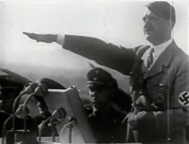 """Getúlio, que no início do conflitose mostrava  simpático às potências do Eixo, acaba se aproximando dos Aliados.Trecho da série """"História do Brasil por Boris Fausto"""", produzido pela TVE/Nova Escola"""