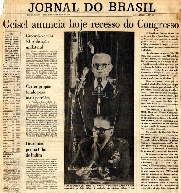 """Manchete do """"Jornal do Brasil"""" adianta o anúncio do recesso parlamentar, represália do governo à derrubada de proposta de reforma do Judiciário"""