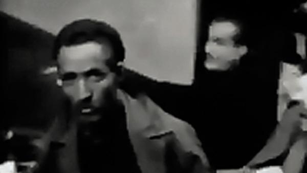 """Trecho do filme """"A Batalha de Argel"""", de Gillo Pontecorvo, que relata as lutas decisivas pela independência da Argélia nos anos 1950-1960"""