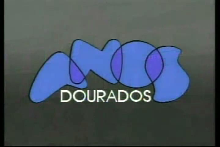 """A música""""Anos Dourados""""foi composta por Tom Jobim especialmente para minissérie; meses após a exibição, recebeu letra de Chico Buarque"""
