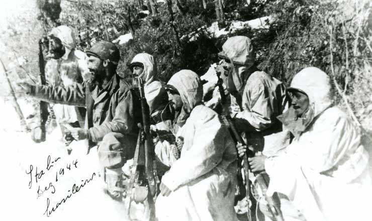 <strong> Na It&aacute;lia, sem equipamento adequado, soldados da FEB enfrentam&nbsp;</strong> o rigoroso inverno europeu, em dezembro de 1944