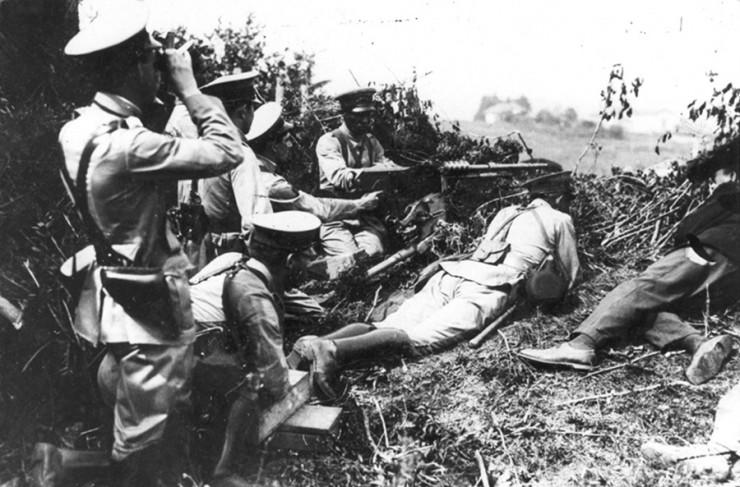 <strong> Trincheira</strong> de soldados paulistas
