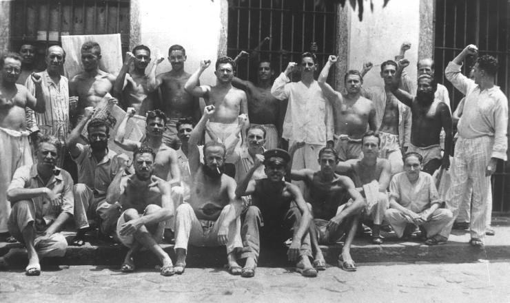 <strong> Membros da ANL presos </strong> na Ilha Grande, 1937
