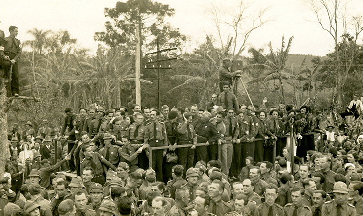 <strong> Concentra&ccedil;&atilde;o em Blumenau</strong> &nbsp;(SC) marca o terceiro anivers&aacute;rio da A&ccedil;&atilde;o Integralista Brasileira, em outubro de 1935  &nbsp;  &nbsp;  &nbsp;