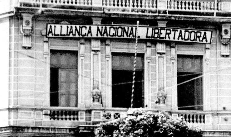 <strong> Sede da ANL&nbsp;</strong> na rua Almirante Barroso (Rio de Janeiro),&nbsp;em 1935  &nbsp;  &nbsp;