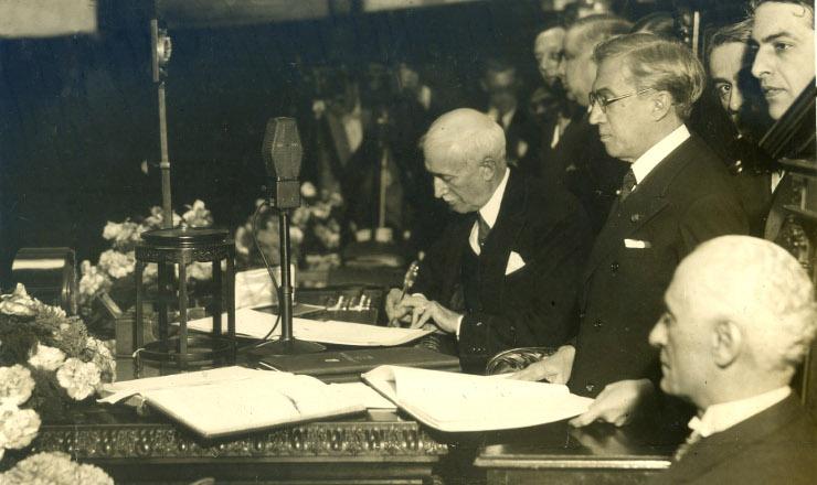 <strong> A Constituição de 1934 é promulgada: </strong> vida curta