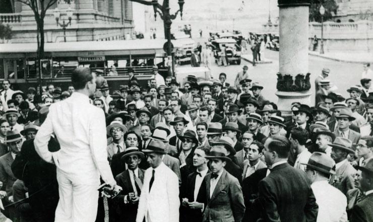 <strong> Comício da Aliança Nacional Libertadora</strong> na Cinelêndia, Rio de Janeiro, 1935