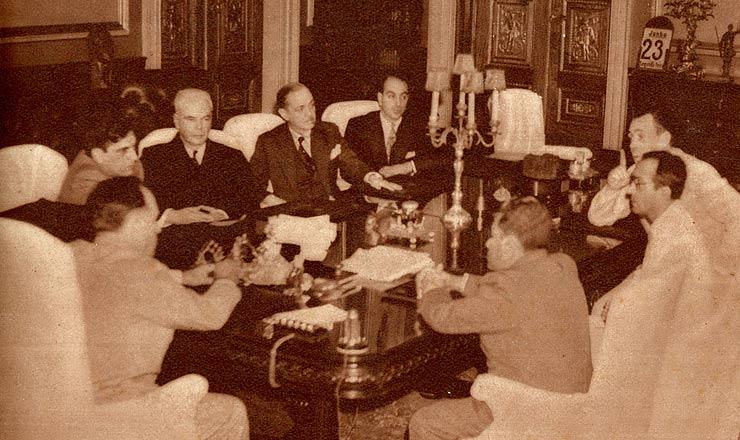 <strong> Conselho Nacional de Imprensa reúne-se</strong> com Getúlio Vargas e com o diretor do DIP, Lourival Fontes, em 1941