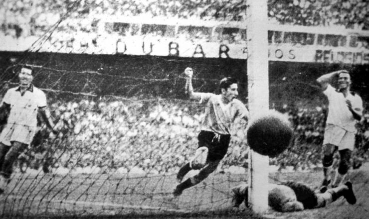 <strong> A virada: Ghiggia marca,&nbsp;</strong> sela a derrota brasileira e silencia os 200 mil torcedores no Maracan&atilde;