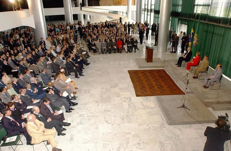 Cerimônia de instalação do Conselho de Desenvolvimento Econômico e Social, no Palácio do Planalto