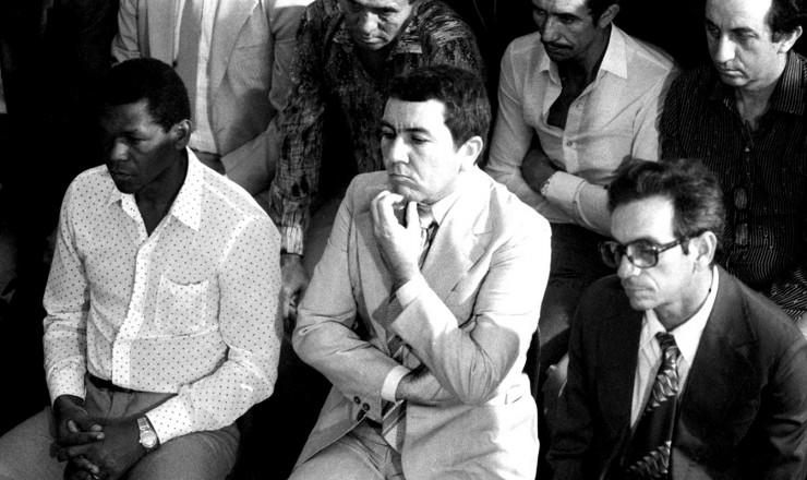 <strong> Major José Ferreira dos Anjos</strong> (centro) no julgamento pela morte do procurador Pedro Jorge de Melo e Silva