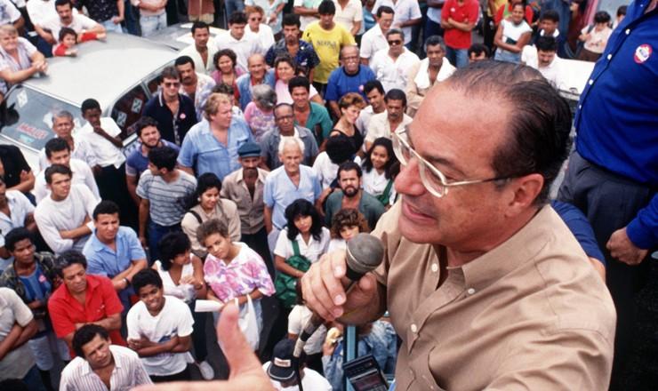 <strong> Paulo Maluf, candidato do PDS, </strong> em campanha à Presidência da República