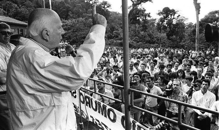 <strong> O peemedebistaUlysses Guimarães, </strong> candidato mais experiente das eleições presidenciais de 1989, em campanha