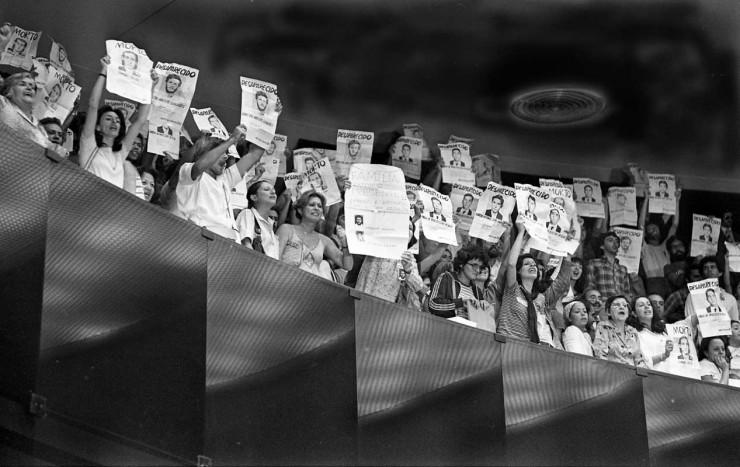 <strong> Manifestantes nas galerias</strong> do Congresso na sess&atilde;o de vota&ccedil;&atilde;o do projeto de lei da anistia