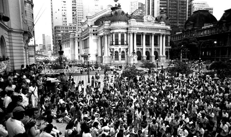 <strong> Manifesta&ccedil;&atilde;o do MDB </strong> contra a reforma partid&aacute;ria, no centro do Rio de Janeiro