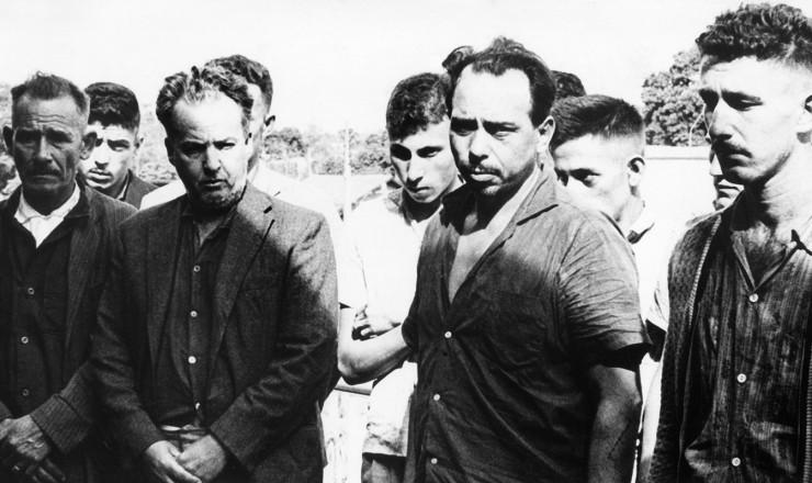 <strong> Guerrilheiros de Tr&ecirc;s Passos</strong> levados &agrave; pris&atilde;o em Foz do Igua&ccedil;u (PR)