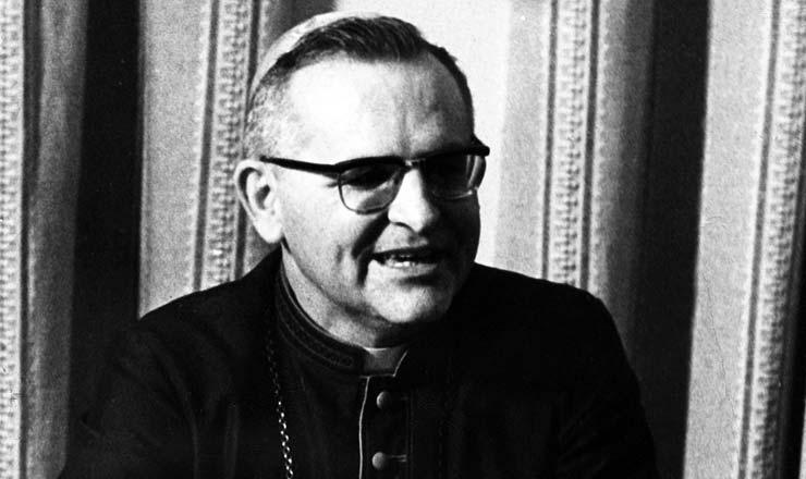 <strong> D. Paulo Evaristo Arns, </strong> arcebispo de São Paulo e defensor intransigente dos direitos humanos<br />