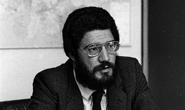 <strong> Dante de Oliveira,</strong> deputado federal pelo PMDB-MT e autor da Emenda das Diretas&nbsp;