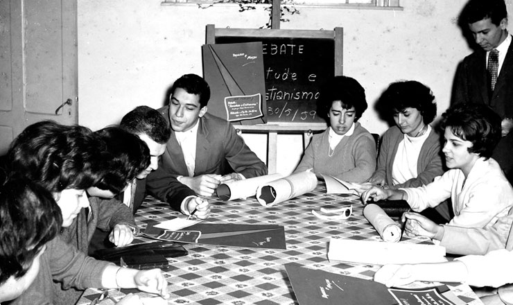 <strong> Reunião da JUC, </strong> Juventude Universitária Católica, em São Paulo, em maio de 1959