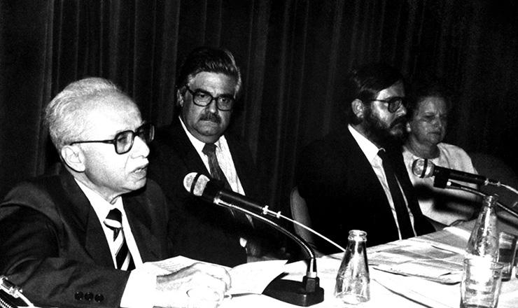 <strong> O historiador Jacob Gorender</strong> fala sobre Karl Marx na passagem do centenário da morte do filósofo alemão, em novembro de 1983
